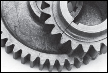 cracked transmission gears